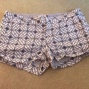 SO Patterned shorts